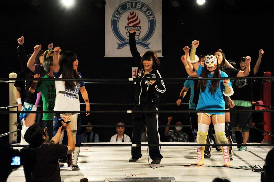 【プロレスリングWAVE】10・21YOUNG OH ! OH ! 34試合結果!ケガの藤田あかねが退院をリング上で報告!