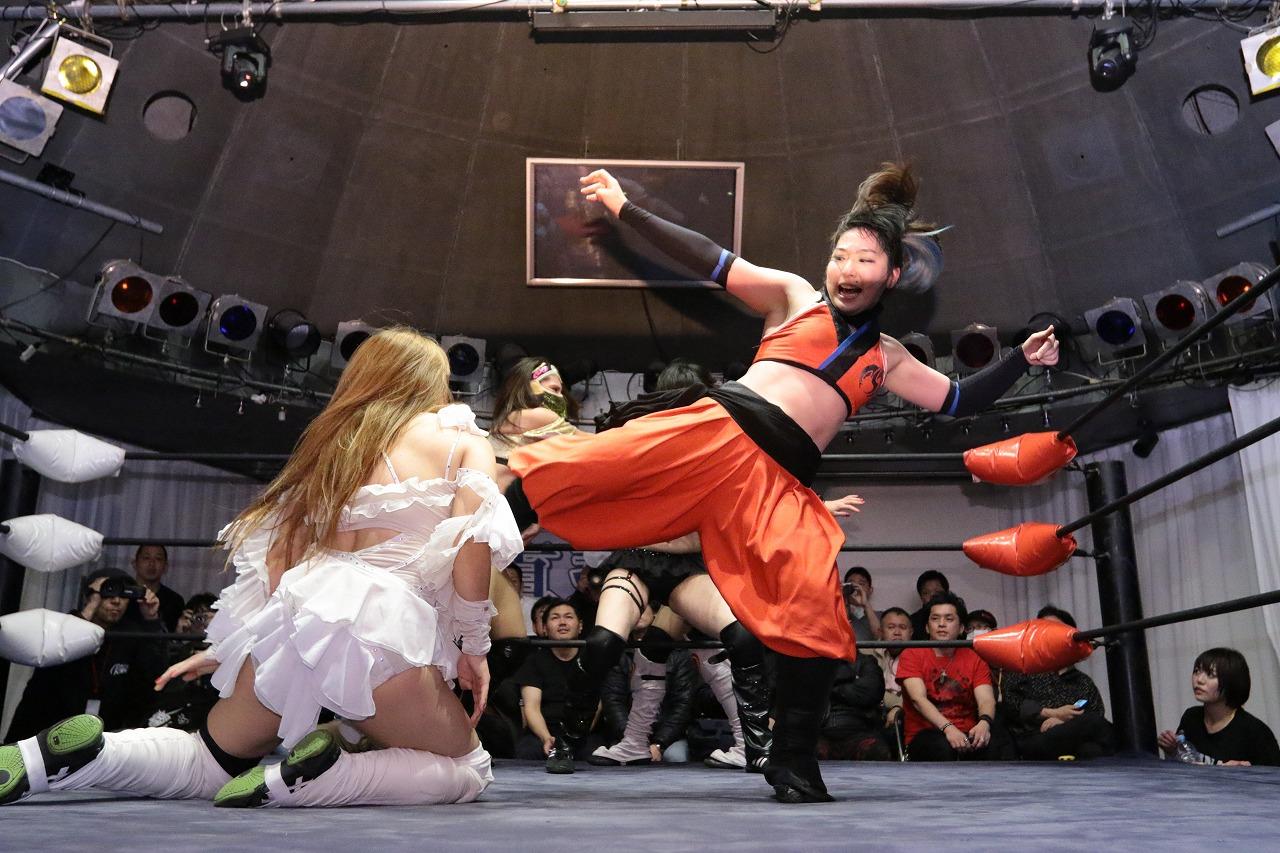 【REINA女子プロレス】初のメインに登場した茉莉は善戦するも敗戦!観客から健闘を称えられる!