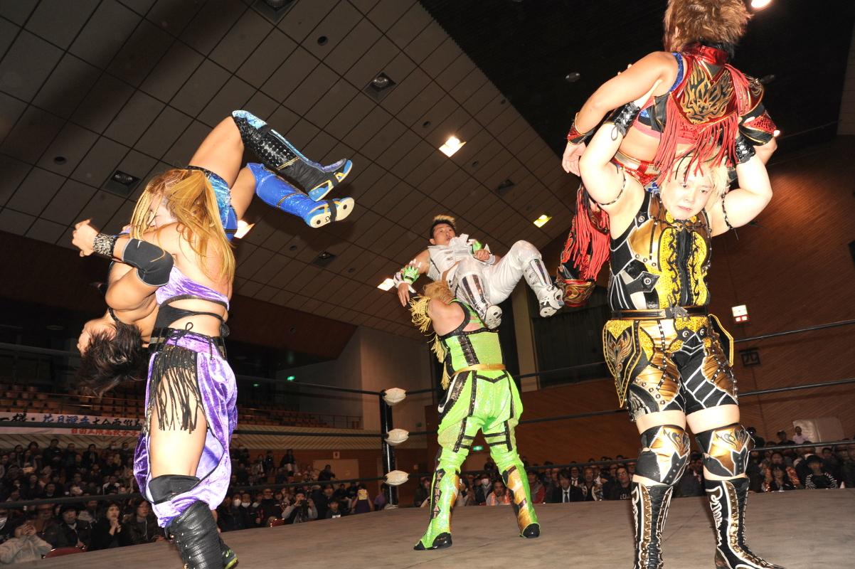 【OZアカデミー女子プロレス】 12・2 大分・日田大会は超満員の観客の声援に包まれる!