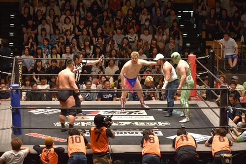 DDT プロレスリング】プロレス版「本能寺の変」は裏切りが多発、最後は ...