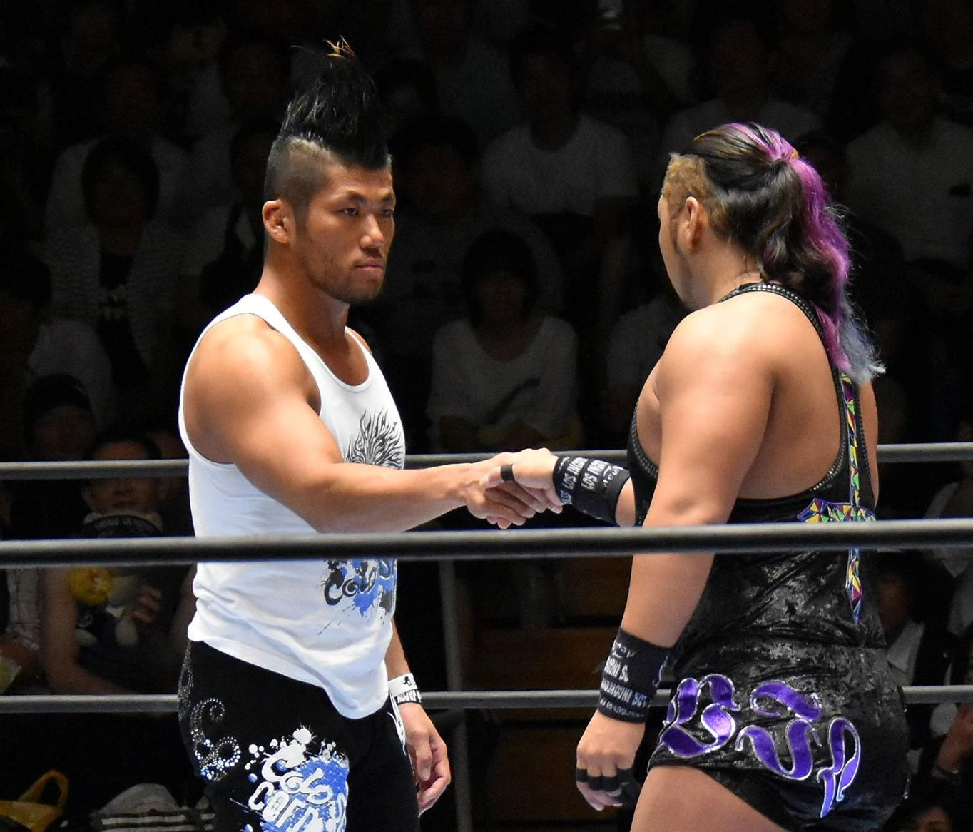 【新日本プロレス】「G1 CLIMAX 27」Bブロック公式戦 注目のL・I・J同門対決はSANADAがEVILにラウンディング・ボディプレスを炸裂させて激勝!!