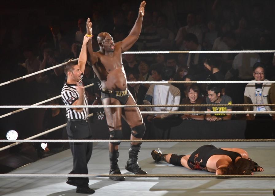 【WWE Live Tokyo】<6.30両国>タイタス・オニールがパワーを見せつけ、ボー・ダラスをクラッシュ・オブ・タイタスで瞬殺!