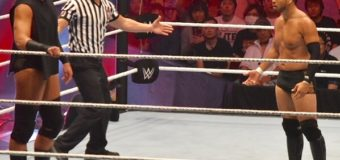 【WWE Live Tokyo】<7.1両国>ヒデオ・イタミ凱旋2戦目はビッグ・キャスが乱入 二人を蹴散らし無効試合に!