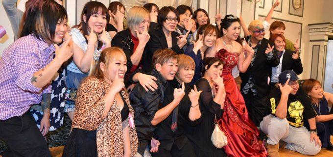 【豊田真奈美~引退記念パーティー~】参加者に着物とドレス姿を披露し、最後は笑顔でファンとお別れ!