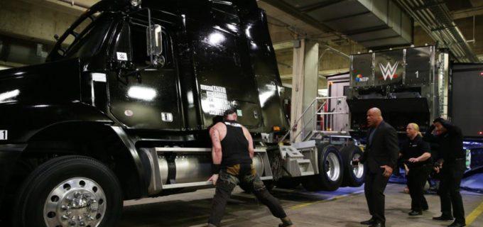 【WWE】ストローマン、解雇宣言で大暴れ!!最後はステファニーコミッショナーが再雇用をアングルGMに指示!