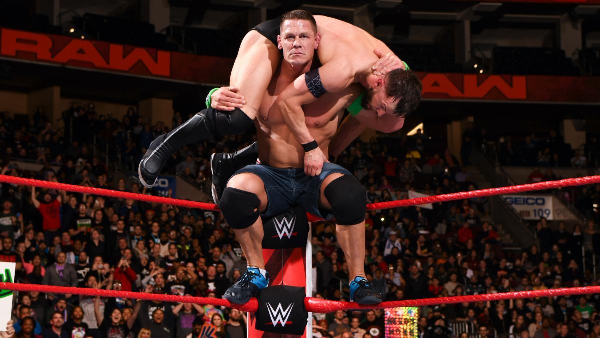 WWE】シナ、ストローマン、アライアスがエリミネーション