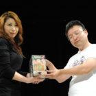 【プロレスリングWAVE】古河の七福カレーレトルトを販売元『地カレー家』とコラボ!