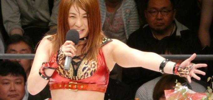 【スターダム】紫雷イオが岩谷麻優とのサンダーロックで壮行試合に勝利!「みんなのこの笑顔を胸に世界に飛び立ちます!」