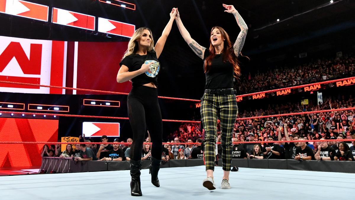 WWE】トリッシュとリタがPPV「エ...