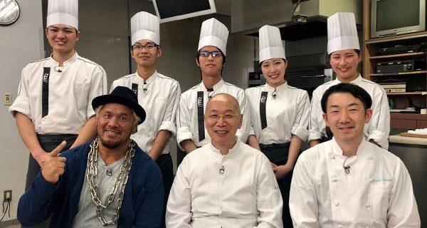 【新日本】3月26日(火)23時~NHK BSプレミアム『極上!スイーツマジック』に真壁刀義選手が出演!