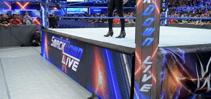 【WWE】シャーロットが勝利直後のベッキーを襲撃