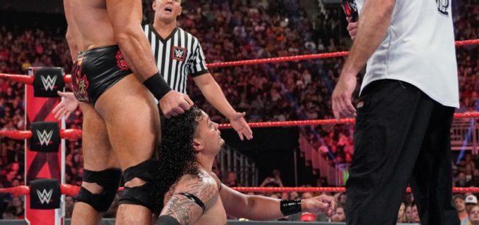 """【WWE】シェインと""""アノアイ家""""のレインズが激しく対立"""