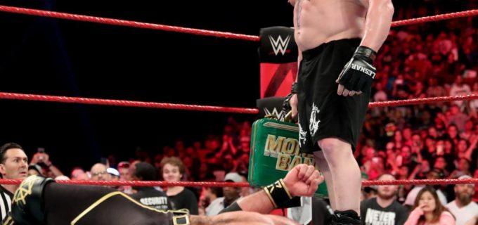 【WWE】レスナー、王者ロリンズを病院送りもPPVでの権利行使を示唆
