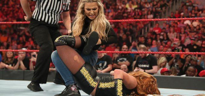 【WWE】PPVを前にナタリアがベッキーを襲撃してシャープ・シューター!