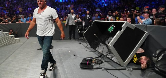 【WWE】シェイン「お前は終わりだ」とオーエンズを罵倒