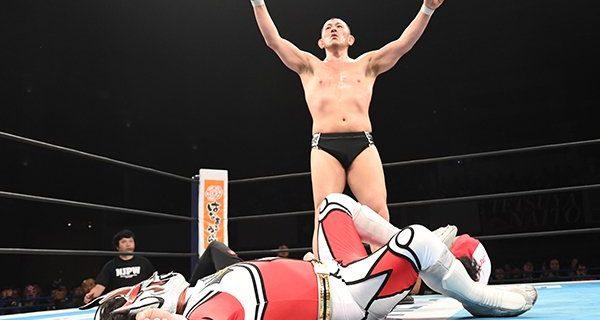 """【新日本】二人の抗争は""""激化""""の一途…!!  バックステージで、鈴木も会社にシングル戦を要求! 「鈴木みのる対獣神サンダー・ライガー、場所を用意しろ!」  一方の獣神は「ライガーの勝ちは、みんなわかってる」"""