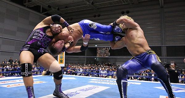 【新日本】『WORLD TAG LEAGUE』4戦目も激闘続出!EVIL&SANADAがマジックキラーで快勝!G.o.Dは邪道の介入で、ザック&タイチに無法勝利!