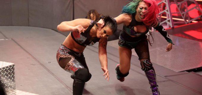 【WWE】アスカがMITBラダー戦で激突するナイア、シェイナとトリプルスレット戦で大乱闘