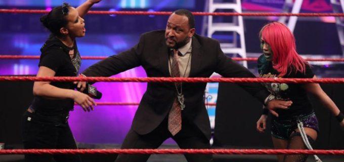 【WWE】アスカがMITBラダー戦を前にシェイナと睨み合って一触即発