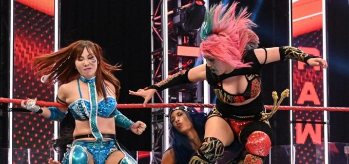 【WWE】カブキ・ウォリアーズが王者ベイリー&サーシャに善戦も王座奪取に届かず