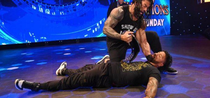【WWE】王者レインズが従兄弟の挑戦者ジェイをスーパーマンパンチで襲撃KO
