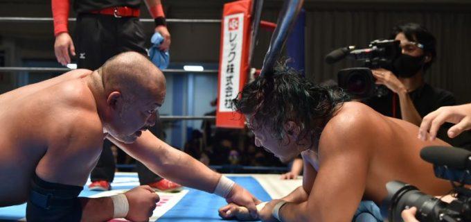 【新日本】魂と魂をぶつけ合う鷹木との激烈メインを石井が勝利!石井「てめえとはよ、1回勝った負けたの次元の話じゃねえんだ」9.30 G1 CLIMAX 30 Aブロック in 後楽園