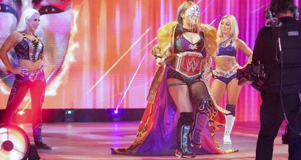 "【WWE】""女帝""アスカがゼリーナら3人相手に大暴れして6人タッグ戦制す"