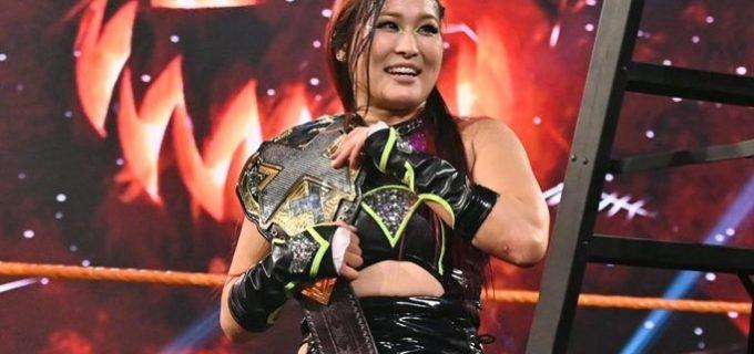 【WWE】紫雷イオが「NXT:ハロウィン・ハボック」でキャンディスを下して王座防衛に成功