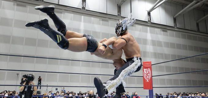 【新日本】エル・デスペラードが『SUPER Jr.』公式戦でSHOから3勝目をゲット!「勝ったほうがつえーんだよ」<11.25新潟大会>