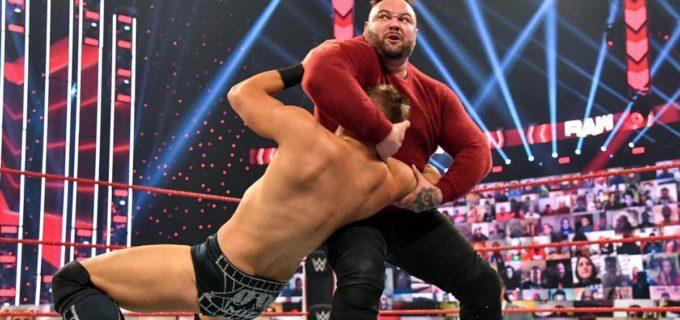 """【WWE】ワイアットが""""くそ野郎""""ミズをシスター・アビゲイルで制裁"""