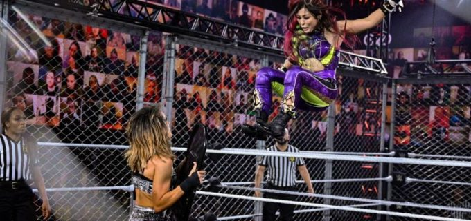 【WWE】紫雷イオがラケルにピンフォールを奪取されてウォーゲームズ戦敗退