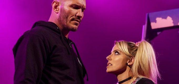 """【WWE】ブランコに乗った""""小悪魔""""アレクサが""""毒蛇""""オートンに不気味な予告"""