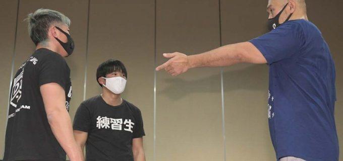 【DDT】12.27後楽園でのデビューに向け秋山準が小嶋斗偉(とうい)に直接指導!