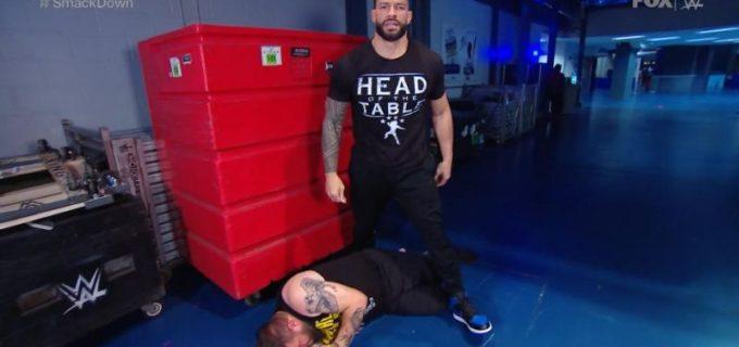 【WWE】王者レインズが挑発するオーエンズを待伏せ襲撃でKO