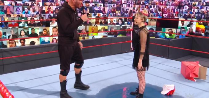 "【WWE】ガソリンをかぶった""小悪魔""アレクサがオートンに放火を要求"