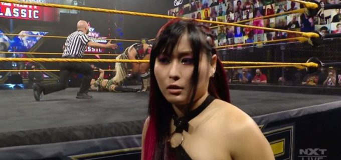 【WWE】王者紫雷イオが女子タッグチームクラシック開幕戦出場のメルセデスを襲撃KO