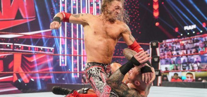 """【WWE】""""R指定の男""""エッジがRR戦優勝に続き、オートンとの遺恨戦に勝利"""