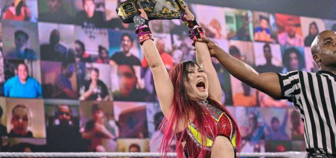 【WWE】紫雷イオがムーンサルトでトニー・ストームを沈めて王座防衛に成功