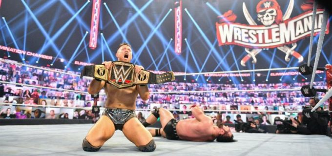 "【WWE】""Mr. MITB""ミズがキャッシュインしてマッキンタイアから王座奪取「俺がお前たちのチャンピオンだ」"