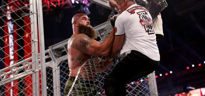 "【WWEレッスルマニア】""巨獣""ストローマンがケージ頂上からシェインを突き落として遺恨戦を制す"