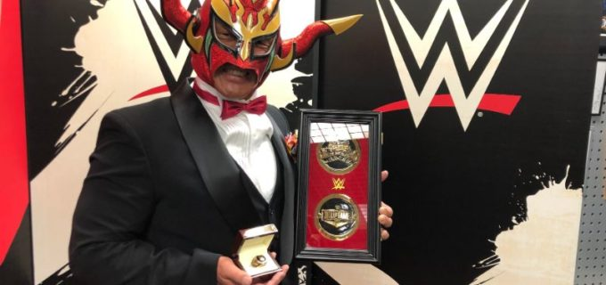 【WWE】殿堂入りした獣神サンダー・ライガーが「本当にプロレスラーやってて良かった」と喜びの受賞スピーチ