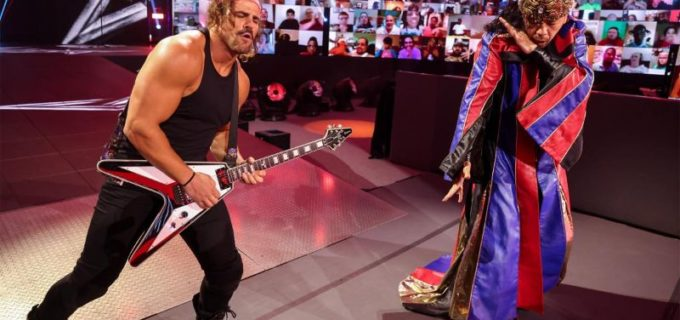 【WWE】王冠をかぶった中邑真輔がギター演奏で入場して因縁のコービンに雪辱