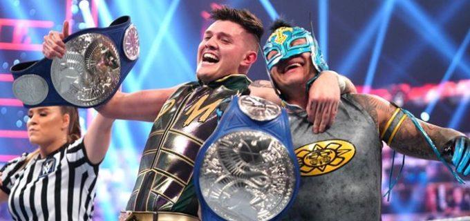 【WWE】レイ&ドミニク・ミステリオがSDタッグ王座を奪取してWWE史上初となる親子タッグ王者が誕生