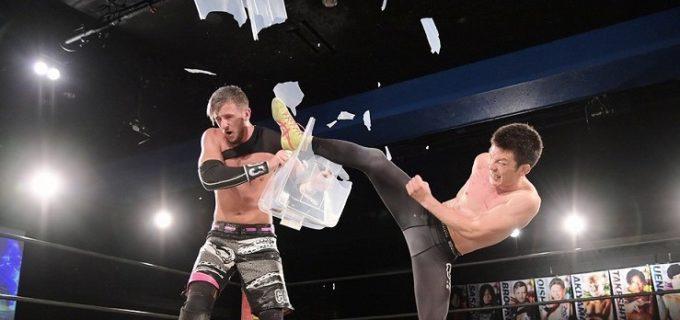 【DDT】青木真也、得意の関節技を封印されながらもEXTREME&アイアンマンの2冠王に!8・15後楽園で次期挑戦者MAOと防衛戦へ
