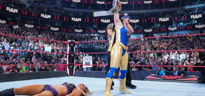 【WWE】Ms. MITBニッキー・アッシュがキャッシュインしてロウ女子王座を奪取