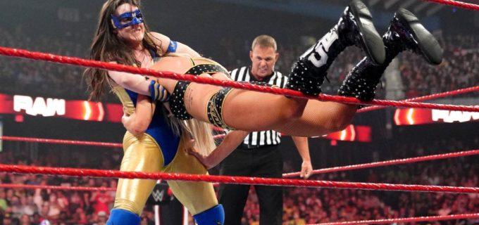 【WWE】王者ニッキー・A.S.H.がノー・ホールズ・バード戦で次期挑戦者シャーロット・フレアーに逆転勝ち