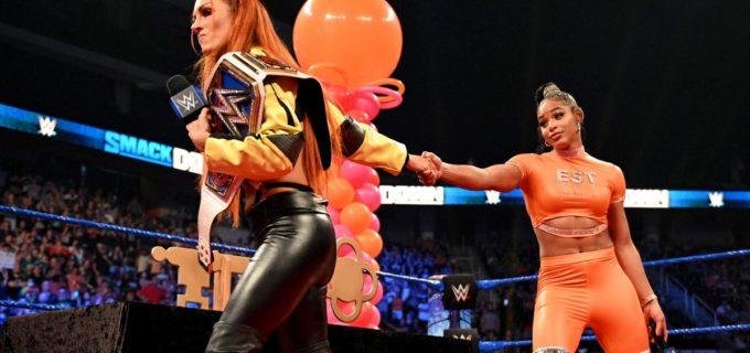 """【WWE】""""ザ・マン""""ベッキーが地元で王座奪還を宣言したビアンカをマンハンドルスラム葬"""