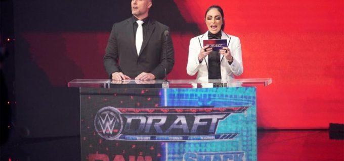 【WWE】WWEドラフト1日目でロウ女子王者シャーロット・フレアーがスマックダウン移籍!