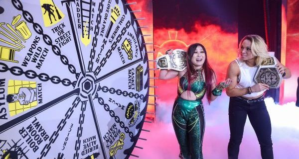 【WWE】紫雷イオが前哨戦制す!次週「ハロウィン・ハボック」の王座戦はラダーマッチに!